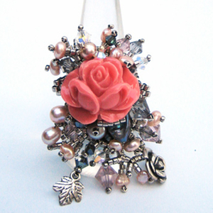 Букет с розовой розой